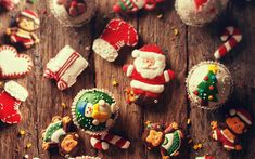 Download wallpapers Christmas, New Year, evening, Christmas cookies, Santa Claus