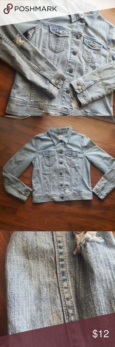 Denim Jacket Light wash distressed denim jacket. Very faint stain on right arm near wrist( in pictures). Has a bit of stretch to it. 99% cotton. 1% spandex Five6 Jackets & Coats Jean Jackets