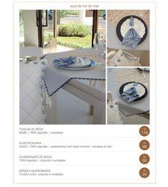 Azul. Toalha de mesa, almofada, louças e guardanapos