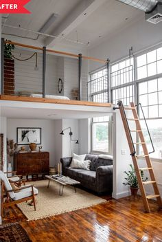 A Beautiful Studio Was Furnished on a Small Budget - - Photographer and stylist Erin Miles shares this lofted studio apartment with her boyfriend Alex. Tiny House Loft, Modern Tiny House, Tiny House Living, Tiny House Plans, Small House Design, Design Your Own House, Cabin With Loft, Tiny House Bathtub, Tiny Loft