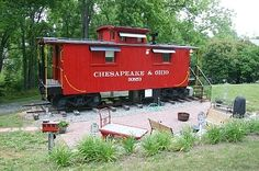 Natural Bridge cabin rental - Caboose with the brick patio and hobo fire pit