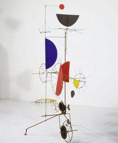 Alexander Calder, Mobile, s.d. Aluminium peint. 80 x 90 cm. Fondazione Marguerite Arp, Locarno