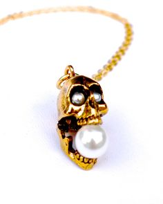 The All Pearl Screaming Skull Necklace by JewelMint.com, $40.00