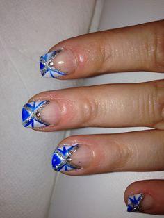 Blue blue blue gel nails - testing out designs