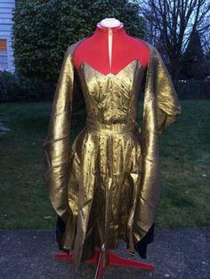 Vintage-50s-Metallic-Gold-Sequins-Circle-Skirt-Point-Bust-Top-Shawl-Dress-Set-M