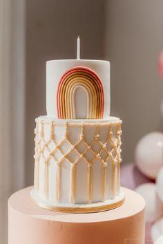 Rainbow Birthday Party, Baby Birthday, 1st Birthday Parties, Birthday Party Ideas, 13th Birthday, Ideas Party, Birthday Decorations, Pretty Cakes, Cute Cakes