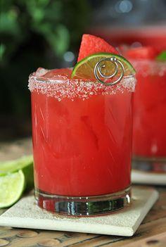 Watermelon Margarita | http://www.creative-culinary.com/watermelon-margaritas/