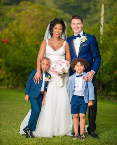 Amazing interracial couple wedding photography. Just beautiful! #love #wmbw #bwwm
