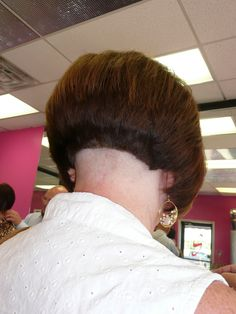 www.studiosizzle.com | Flickr - Photo Sharing! Sexy Bob Haircut, Short Bob Haircuts, Short Hair Cuts, Short Hair Styles, Clipper Cut, Shaved Nape, Different Hairstyles, Bob Cut, How To Look Better
