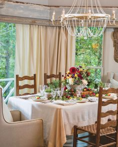 Southern Ladies, Old World Charm, Table Settings, Tablescapes, Table Decorations, Old Things, Orchards, Normandy, Furniture