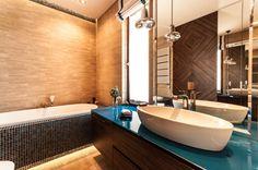 Aranżacja Wnętrza Domu Pełnego Kolorów i Różnych Styli - Tissu Double Vanity, Bathroom Lighting, Bathtub, Mirror, Dom, Furniture, Home Decor, Fabric, Standing Bath