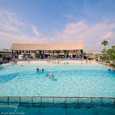 The attractions in Schlitterbahn Galveston Island Waterpark cover approximately 15 acres.