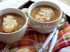 Rețetă Altele : Supa frantuzeasca de ceapa/ french onion soup de Mihaela_76 Onion Soup, French Onion, Cheeseburger Chowder, Stew, Food And Drink, Chowders, Ethnic Recipes, Soups, Desserts