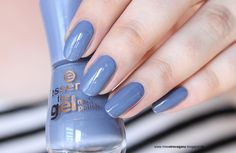 Essence Cosmetics, Farbupdate Herbst Winter The Gel Nailpolish 2016 Beautyblogger Swatches Tragebilder Nagellackblog alle Swatches Essence Nagellacke