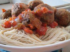 Italian VEGAN meatballs and spaghetti - LOW FAT & GLUTEN FREE - A Vegan Obsession