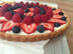 Kids In The Kitchen: Fruit Pizza - Andrea Dekker