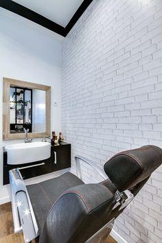 r novation totale d 39 un salon de coiffure paris cr ation espace barber restructuration des. Black Bedroom Furniture Sets. Home Design Ideas