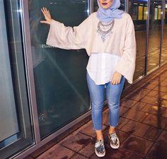 Modern Hijab Fashion, Hijab Fashion Inspiration, Muslim Fashion, Modest Fashion, Casual Hijab Outfit, Hijab Chic, Modest Outfits, Chic Outfits, Fashion Outfits