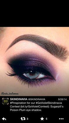 Purple eyeshadow eye makeup look violet