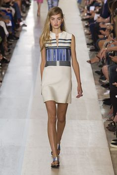 Tory Burch Makes Us Want to Chuck All Our Accessories and Start Over: Nothing against the clothes at Tory Burch's Spring 2015 runway show, but we hardly noticed them.