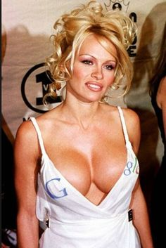Pamela Anderson Believes Anyone Who Look at Porn Is a Loser  http://www.ipresstv.com/2016/09/pamela-anderson-believes-anyone-who.html #news #celebs #thoughts