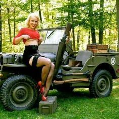 JEEP,#VINTAGE,#MILITARY_GIRL...