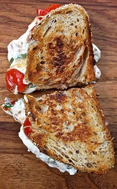 This lasagna grilled cheese is real and AMAZING