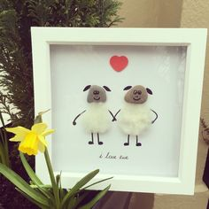 I love ewe pebble art frame