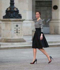La reina Letizia se apunta al estilo Velvet - Foto 4