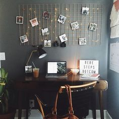 Dorm Room Inspiration - Whether, if you're living in a dorm you've probably come across the challenge of decorating the tiny, character-free space. Desk Space, College Dorm Rooms, College Girls, College Desks, Home And Deco, Dream Rooms, New Room, House Rooms, Living Rooms