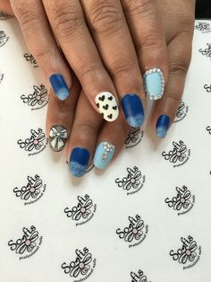 Blue Valentine's nails by Somfis !!!!!