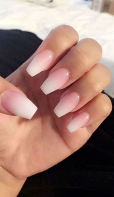 Coffin Nails Ombre, Acrylic Nails Coffin Short, Simple Acrylic Nails, Coffin Shape Nails, Best Acrylic Nails, Acrylic Nail Designs, Nude Nails, Acrylic Art, Ombre Nail Designs