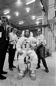 Neil Armstrong en entrainement pour marcher sur la lune