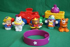 Fisher Price Pretend Play Little People Circus 8 pcs People Wagons Animals Ring #FisherPrice