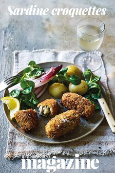 These punchy sardine croquettes are good served with a lemony salad and new potatoes, or eat them tapas-style with a chilled fino sherry Sardine Recipes, Fish Recipes, Seafood Recipes, Appetizer Recipes, Dinner Recipes, Appetizers, How To Cook Kale, How To Cook Pork, Cooking Meme