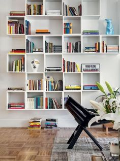 Here are 59 home libraries perfect for your book collection for every bookworm and book collector! Your books will thank you. Home Library Design, Home Office Design, Office Decor, Library Ideas, Creative Bookshelves, Bookshelf Design, Bookshelf Ideas, Home Libraries, Bookcase