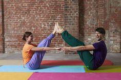 Paar-Yoga - neue Spannung für die und ihn                                                                                                                                                                                 Mehr