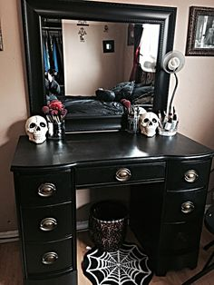 black makeup vanity with drawers. Halloween Vanity Decorations Hexotica  DIY My Pop Gothic Glossy Black And Violet Re Vamped