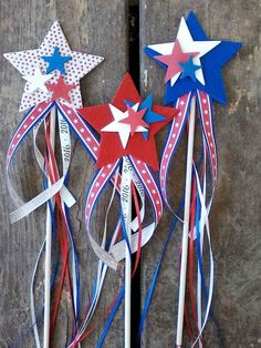 80 DIY America Independence Day Decor Ideas And Design 80 DIY Amerika Independence Day Dekor Ideen und Design 4th July Crafts, Fourth Of July Crafts For Kids, Fourth Of July Decor, 4th Of July Decorations, Patriotic Crafts, 4th Of July Party, July 4th, Fouth Of July Crafts, Memorial Day Decorations