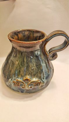 pottery glazes Blue rutille dip with ancient jasper 2 over Hand Built Pottery, Thrown Pottery, Slab Pottery, Glazes For Pottery, Pottery Mugs, Ceramic Pottery, Ceramic Cups, Ceramic Art, Ceramic Glaze Recipes