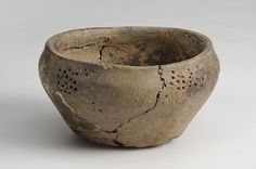 Viking age ceramic vessel found in Adelso Uppland Sweden. Ceramic Mugs, Ceramic Pottery, Vikings Live, Viking Reenactment, Woodworking Inspiration, Ancient Vikings, Viking Age, Iron Age, Dark Ages