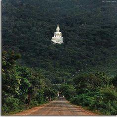 Sacred Buddha Tempple, Sri Lanka