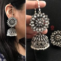 Indian Jewelry Earrings, Indian Jewelry Sets, Jewelry Design Earrings, Silver Jewellery Indian, Ear Jewelry, Bridal Jewelry Sets, Fashion Earrings, Fashion Jewelry, Jewellry Box