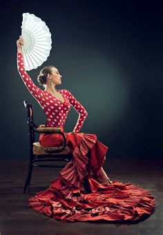 Photography Lessons, Dance Photography, Photography Women, Spanish Dancer, Spanish Woman, Flamenco Dancers, Belly Dancers, Dance Dreams, Dance Poses