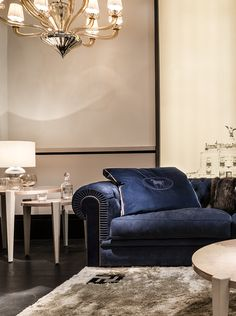 Fendi Casa  the combination with cream and blue for your living room with Albione sofa and Regina coffee tables #luxury #living #elegant