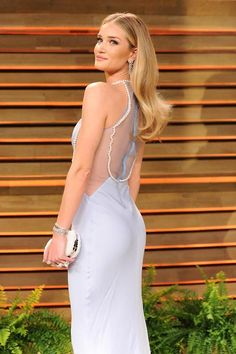 Runway and Beauty | Rosie Huntington Whiteley - 2014 Vanity Fair Oscar...