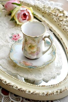 ♡♡ So pretty ♡♡ Technically, a chocolate cup, but could double as a teacup