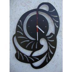 Zegar Arto, artystyczny kształt.