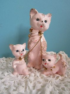 Vintage PINK Spaghetti CAT Family with chains Mom by GingerNIrie, $55.00