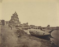 Felice Beato. Chutter Manzil Palace, with the King's Boat in the Shape of a Fish - First Attack of Sir Colin Campbell, November 1857, Lucknow, 1858. Partial gift from the Wilson Centre for Photography, The J. Paul Getty Museum, Los Angeles